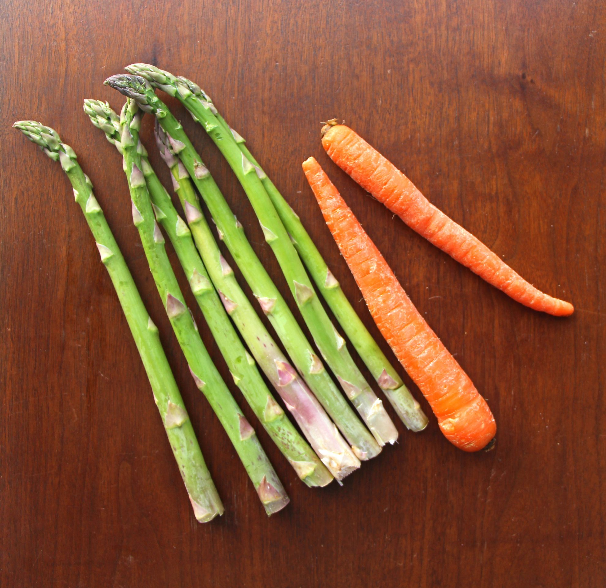 Asparagus and Carrots before they become balsamic roasted vegetables