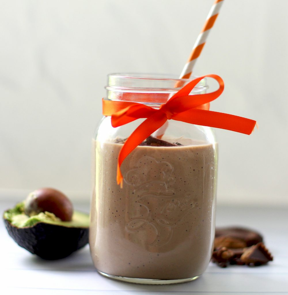 Delicious low carb chocolate peanut butter smoothie with avocado. Tastes just like a peanut butter cup!