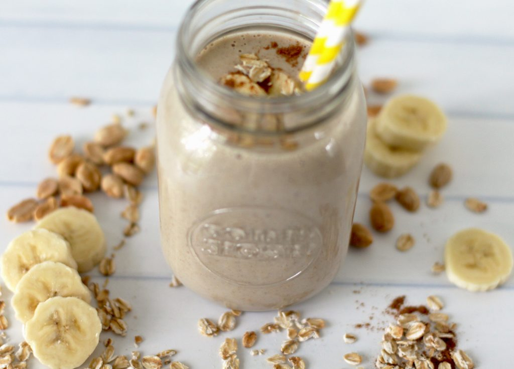This super healthy breakfast smoothie for weight loss has oatmeal, banana, peanut butter, and almond milk. It's vegan and dairy free.
